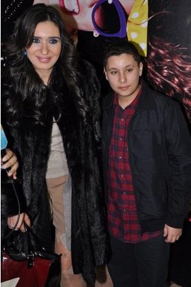 صور علي ابن الراقصة دينا 2014 , صور الراقصة دينا مع ابنها علي 2014