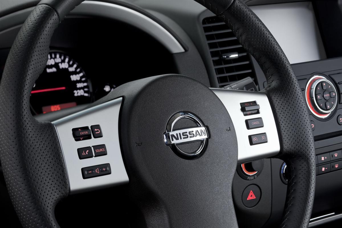 سيارة نيسان نافارا 2014 , اسعار وموصفات سياراة 2014 Nissan Navara