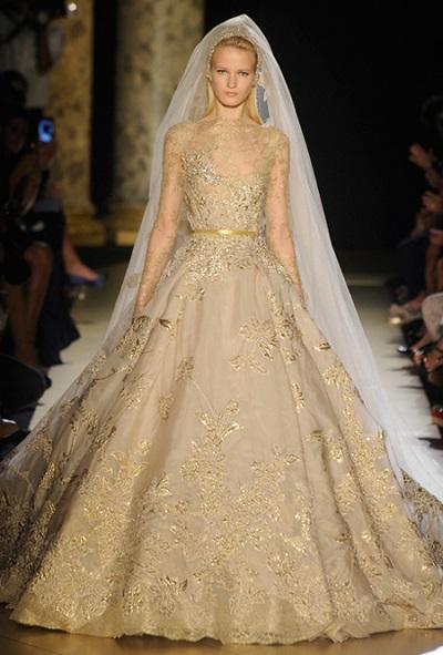 فساتين زفاف 2018 باللون الذهبي جديدة , صور فساتين زفاف باللون الذهبي 2018 , صور فساتين افراح