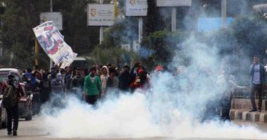 اخبار مصر الان الجمعة 17-1-2014 , قوات مكافحة الشغب تواصل مطاردتها لطلاب الإخوان داخل الحرم الجامعى