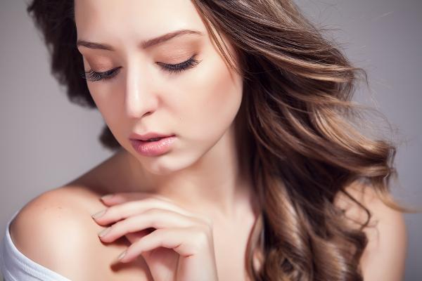 وصفات طبيعية لتنعيم الشعر،خلطات تنعيم الشعر في المنزل