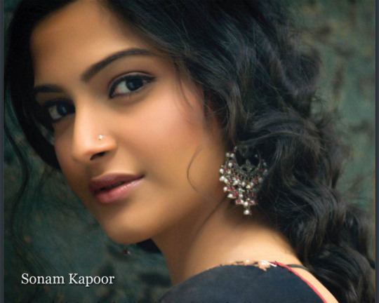 اجمل المعلومات و الصور للمثله الهندية سونام كابور لم تعرفها من قبل