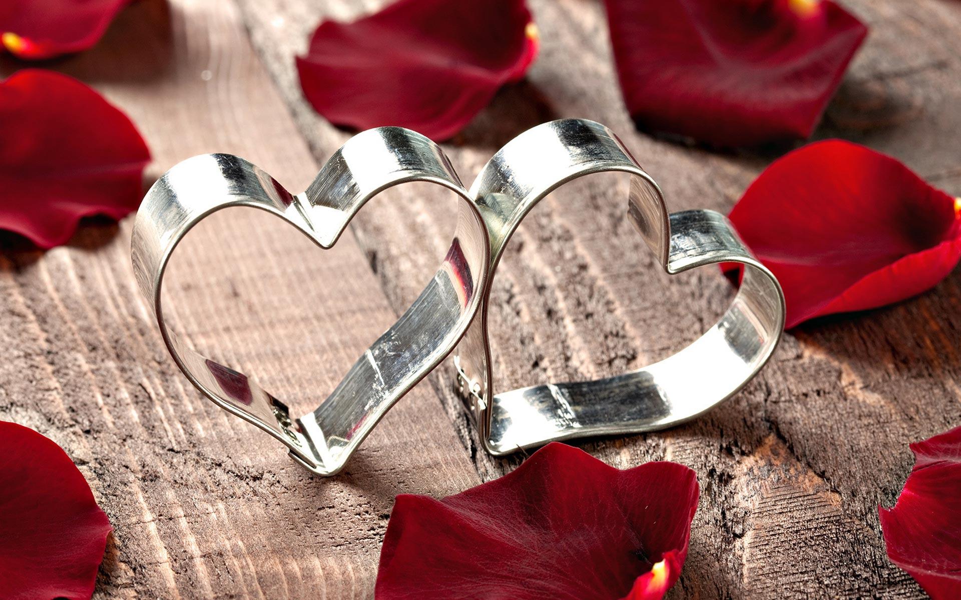 رسائل عيد الحب 2018 , مسجات عيد الحب 2018