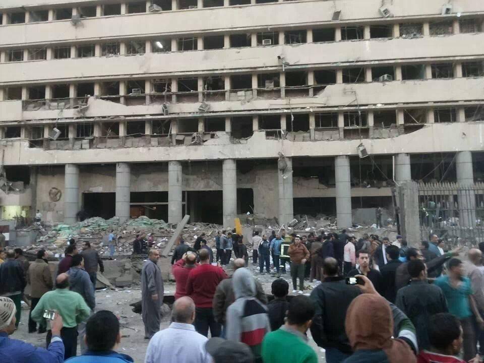 تفاصيل انفجار مديرية أمن القاهرة اليوم الجمعه 24-1-2014