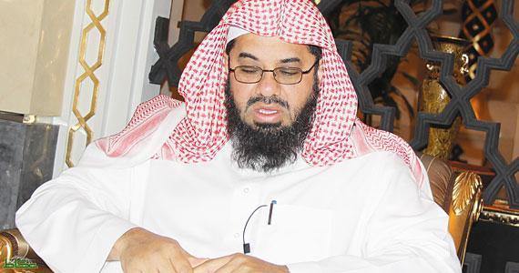 امام الحرم المكي الشيخ سعود الشريم يعلن ظهور علامة من علامات يوم القيامة 1435