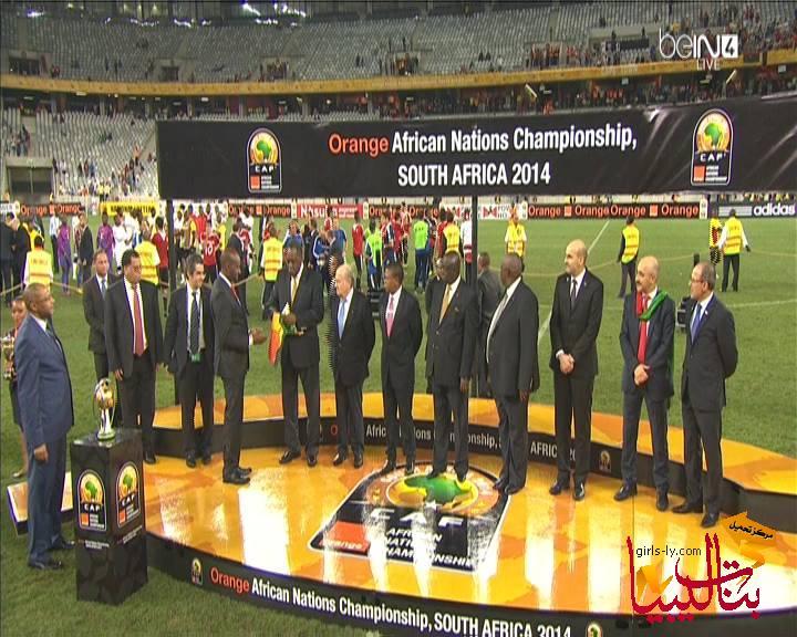 صور لحظة رفع و تتويج المنتخب الليبي ببطولة أفريقيا للاعبين المحليين 2014