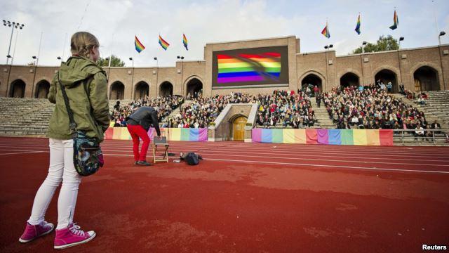 الميثاق الأولمبي نص مترجم من ميثاق الالعاب الاولمبية يعرضه جوجل على صفحته الرئيسية الجمعة 7-2-2014