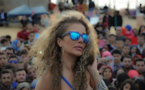 صور الفنانة اللبنانية نيكول سابا بلوك مميز ومشرقة 2014