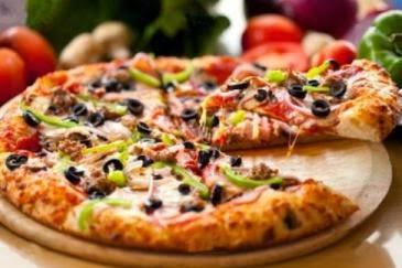 اجمل طريقه لعمل البيتزا البيتى , طريقة عمل البيتزا في البيت , مقادير وخطوات عمل البيتزا البيتي