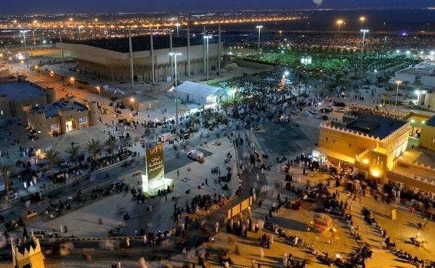 نصف مليون زائر وزائرة في مهرجان الجنادرية 29