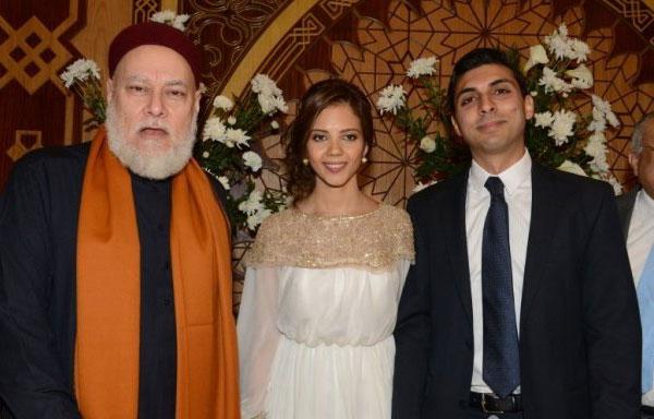 صور احتفل الفنان المصري سامح الصريطي وزوجته الفنانة نادية فهمي بعقد قران ابنتهما