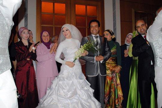 صور الممثل سامح حسين و زوجته 2014
