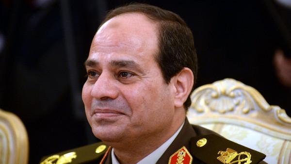 كلمة المشير عبد الفتاح السيسي في احتفال الكلية الحربية بانتهاء فترة التدريب يوم الثلاثاء 4 مارس 2014