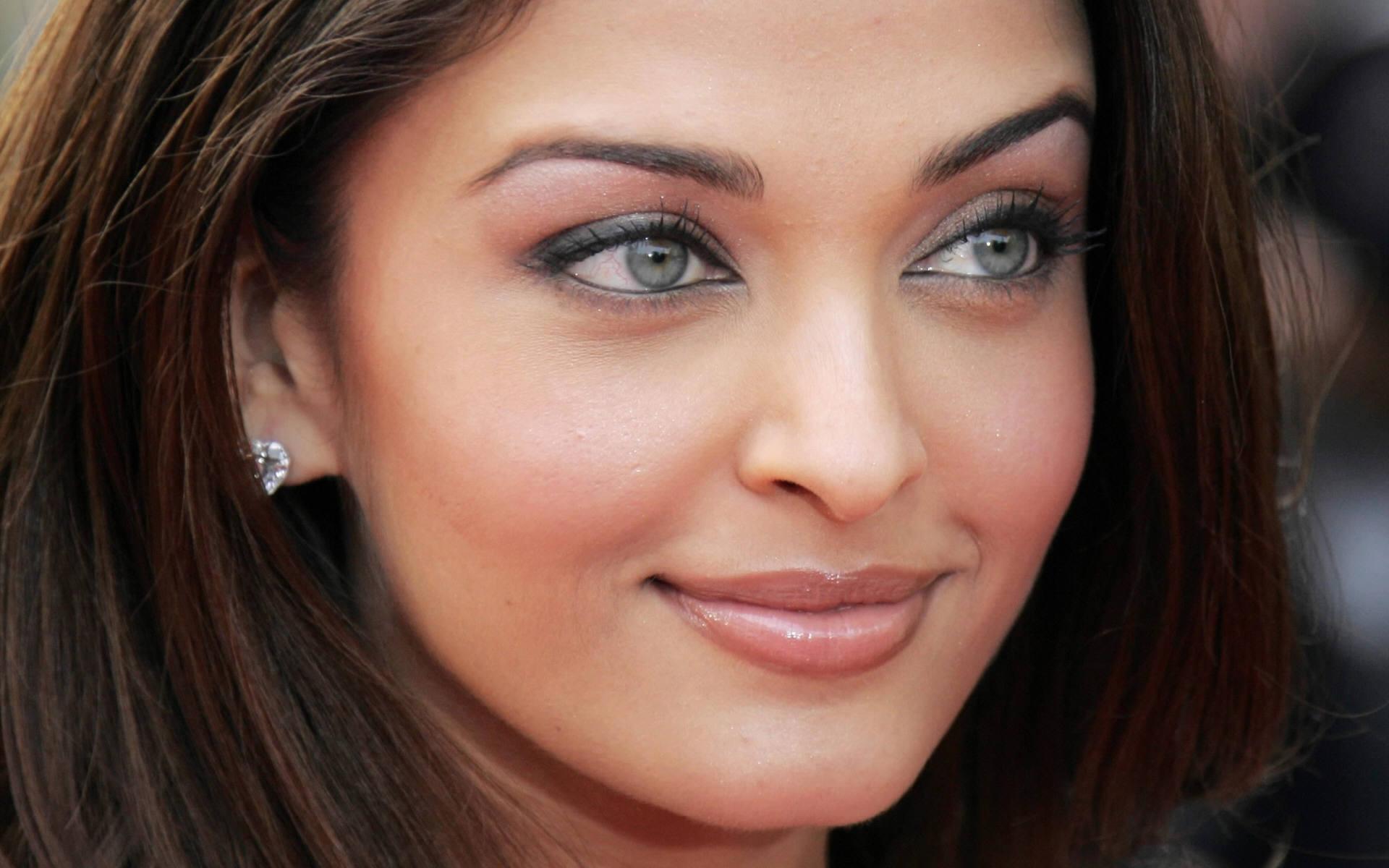 صور اشوريا راى 2014 حديثة , اجدد صور الممثلة الهندية اشوريا راى 2014 بجودة عالية