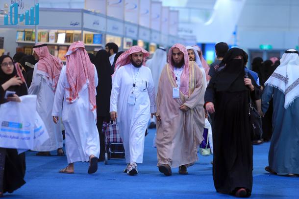 صور رجال الهيئة في معرض الرياض الدولي للكتاب 1435