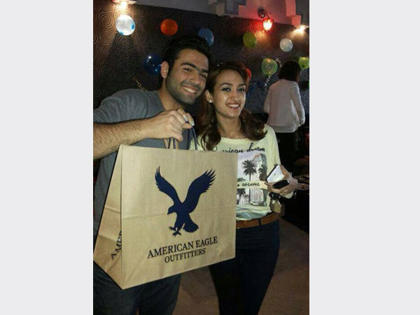 صور احتفال الفنان السوري نور فرواتي بعيد ميلاده مع زملائه في برنامج ستار أكاديمي 2014