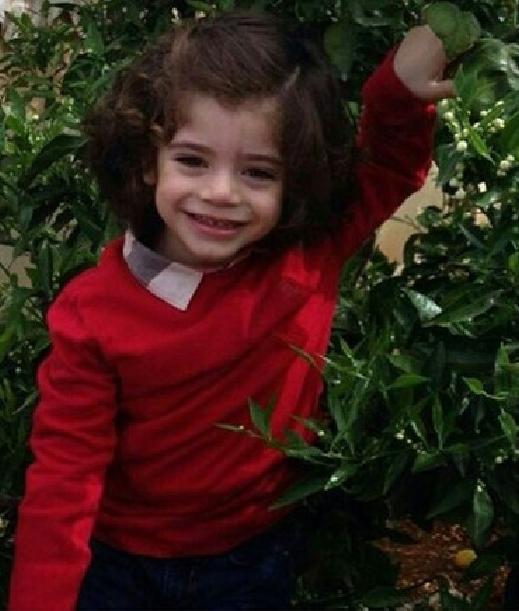 صور قمر تنشر صورا حديثة لابنها جيمي 2014