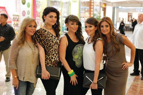 صور مها المصري تحتفل بعيد الام مع ابنتها ديما بياعة بلوكها الغريب 2014