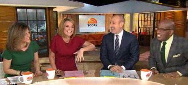 صور مقدمة برنامج Today show الاميركية سافانا غوثري 42 عاما أنها حامل اليوم على الهواء 2014