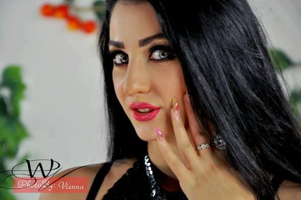 بالصور اخر اخبار ومواعيد حفالات الراقصة صافيناز 2014