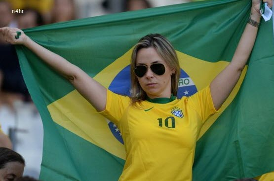 صور بنات كأس العالم في البرازيل 2014
