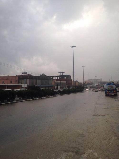 صور امطار الباحة اليوم الجمعة 27-5-1435 , سيول ورعد و امطار الباحة الجمعة 28-3-2014