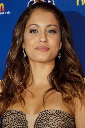 صور الممثلة الاسبانية من اصل ليبي هيبة أبوك صديقة النجم الاسباني جوردي البا نجم برشلونة