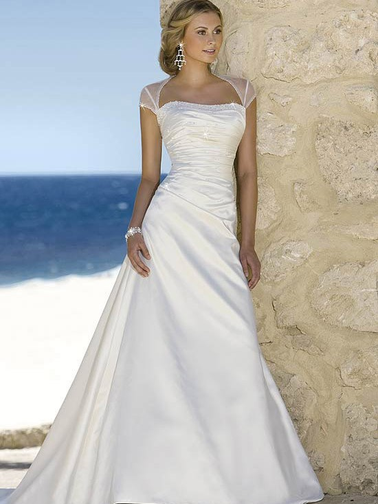 فساتين افراح دانتيل بتصميمات اسبانية 2014 , فساتين اعراس اسبانية 2014