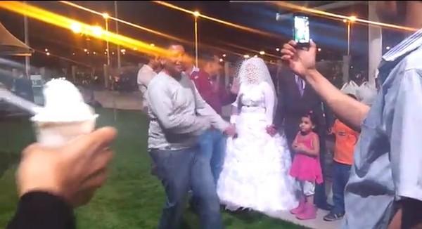 زفة عروس مصرية تستفز المتنزهين بداخل مُنتزه الملك عبدالله بالطائف 1435
