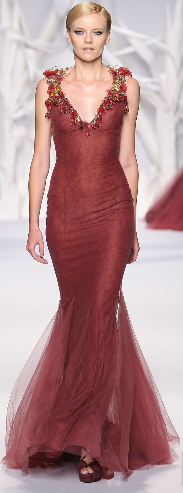احدث تشكيلة من تصميمات عابد محفوظ لفساتين السهرة لربيع وصيف 2015