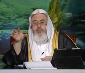 صور جثة نجل الشيخ محمد المنجد مطعونا بالمنطقة الشرقية