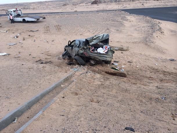 صور حادث الشاعر عبدالله بن شايق على طريق الرياض 19-6-1435