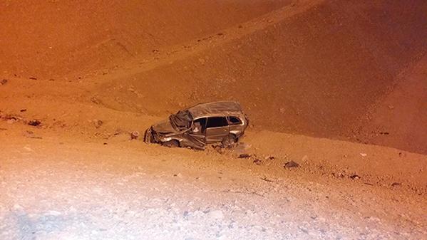 حوداث المملكة اليوم 1435 , سقوط سيارة من أعلى كوبري بالدائري الغربي بالرياض 1435
