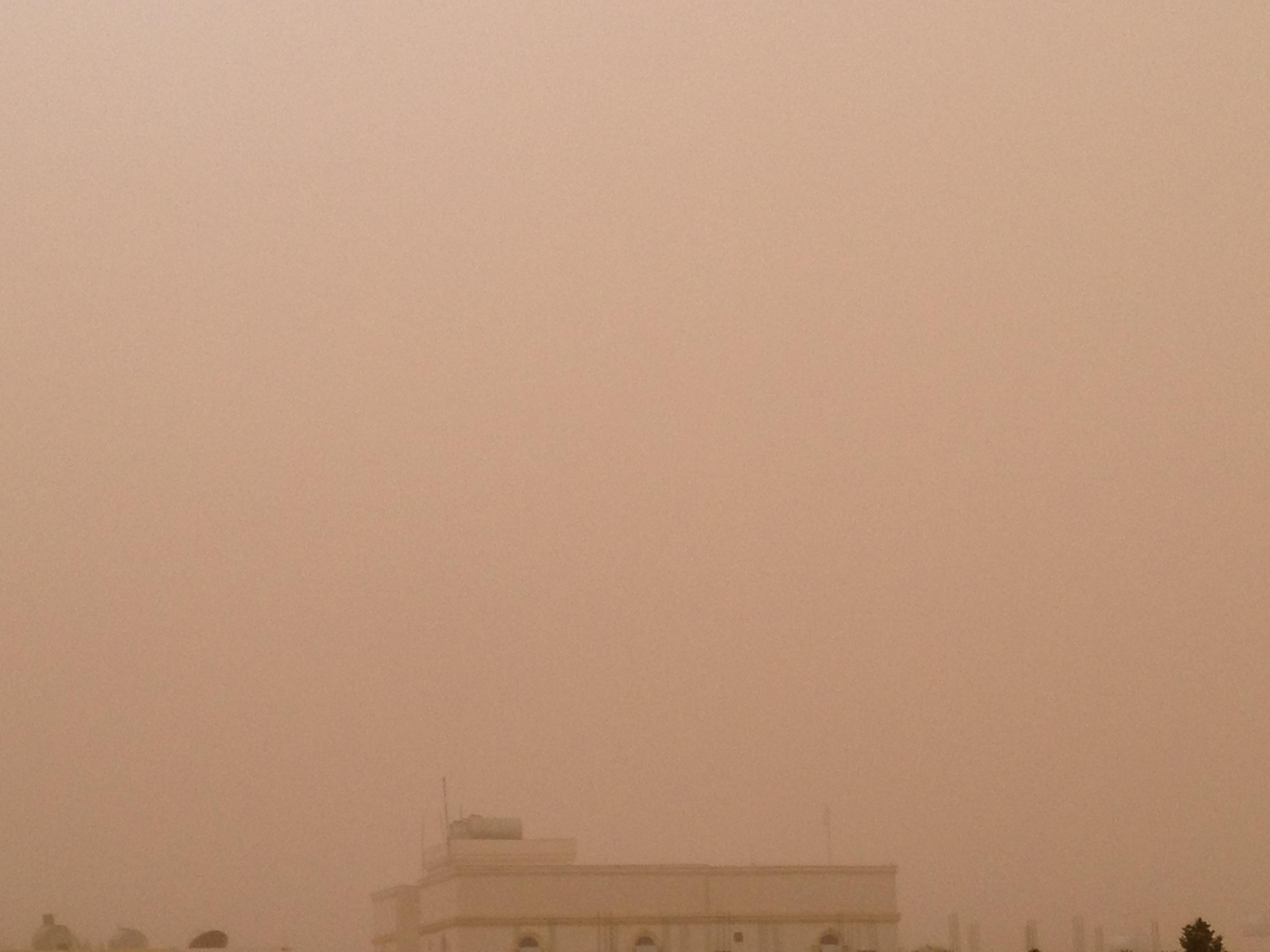 صور رياح و غبار وعواصف الجوف اليوم 26-6-1435