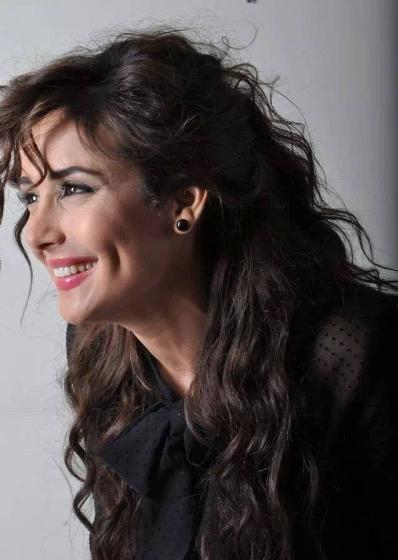 أكدت الفنانة السورية كندا حنا عبر حسابها على فيسبوك إنضمامها لفريق الجزء السادي من مسلسل باب الحارة