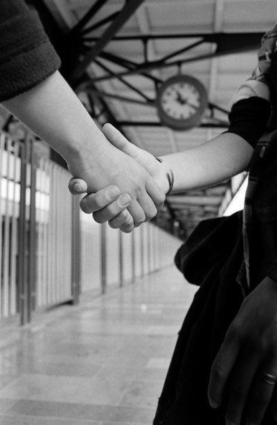 خلفيات رحيل حزينة رمزيات ووداع للاحباب والمحبين