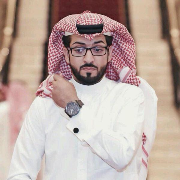 يوتيوب مصرع المذيع خالد العريشي في حادث مروري على طريق القصيم 7-7-1435