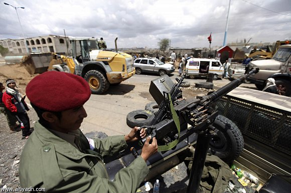 أخبار اليمن اليوم الخميس 8-5-2014 ، فرار جماعي لقيادات وعناصر تنظيم القاعدة من شبوة