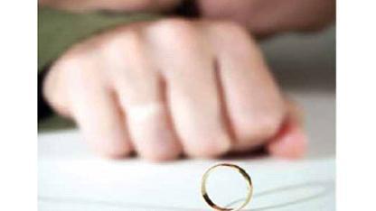 معنى طلاق الغير متزوجة في المنام