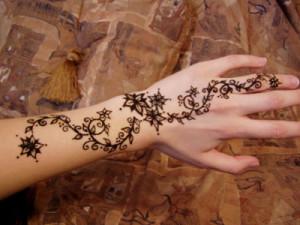 رسومات الحنة على اليد , رسومات حنة جميلة , صور نقوش ورسومات حنة روعة 2015