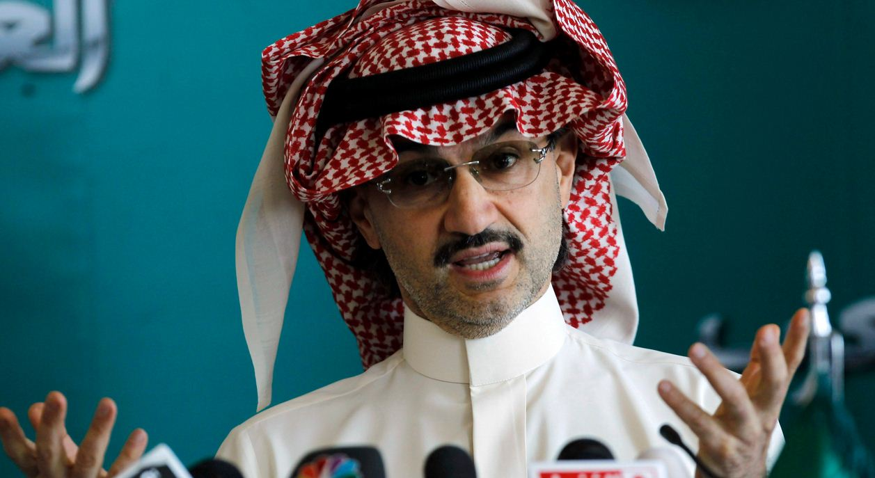 الامير الوليد بن طلال يتبرع لعلاج ابراهيم المصاب بالشلل بنصف مليون ريال 1435