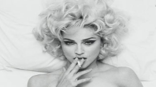 صور بنات تدخن فتاة مدخنة صبايا يدخنو