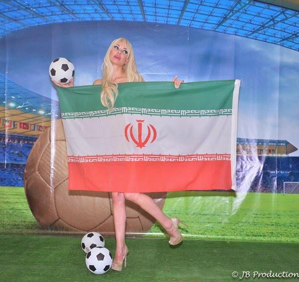 بالصور ميريام كلينك تتعرى لتعلن دعمها لمنتخب إيران فى المونديال