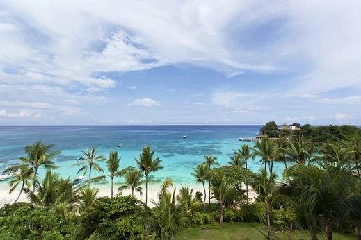 كوبا هي عبارة عن مجموعة من الجزر الواقعة في شمال البحر الكاريبي