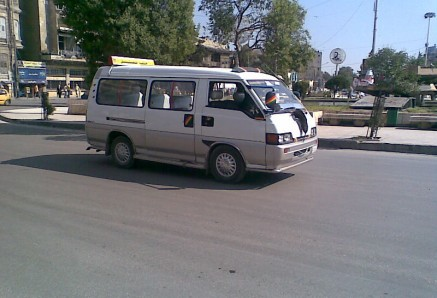 بالصور سائقو الميكروباصات والتاكسي في مصر يرفعون الأجرة عقب الاعلان عن رفع أسعار الوقود