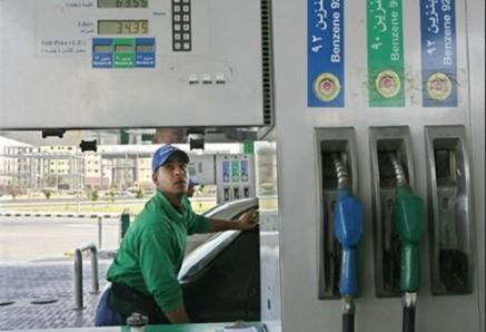 بالصور الحكومة المصرية ترفع أسعار المواد البترولية 50 قرش فقط بدلاً من جنيه