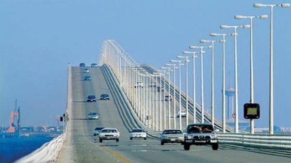صور جسر الملك حمد يربط السعودية بالبحرين