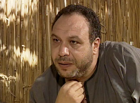 يوتيوب بكاء الممثلين في جنازة الممثل المصري خالد صالح