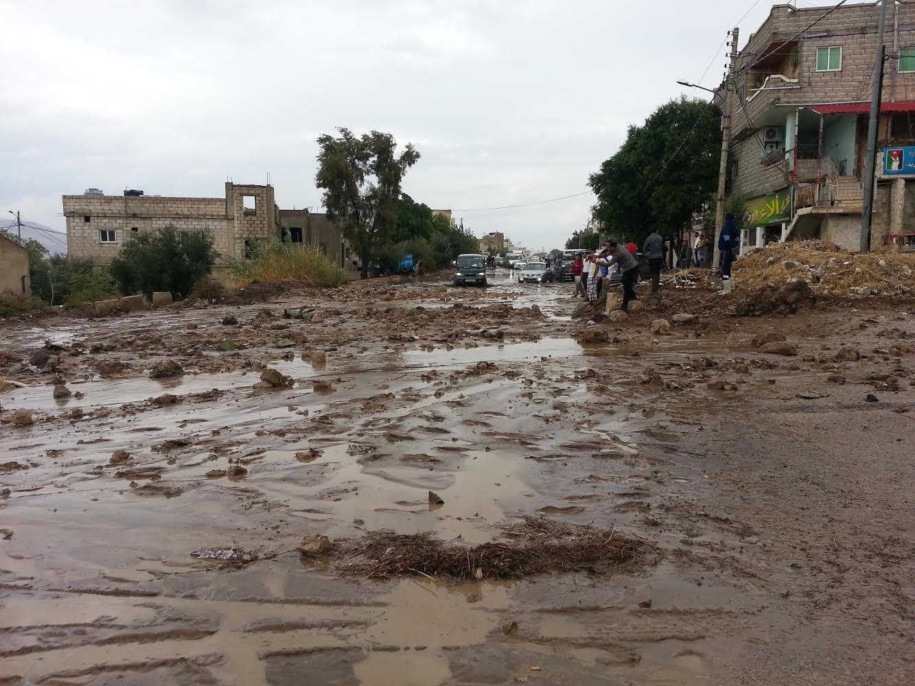 صور امطار الاردن شهر نوفمبر 2014 , الأمطار تداهم منازل المواطنين وتعزل قرى في الأغوار الشمالية
