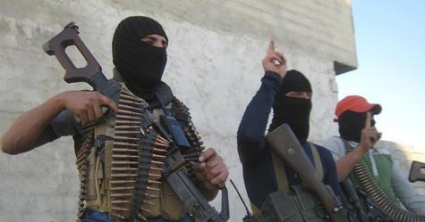 بالصور داعش يعدم اكثر من مئتي شخص من عشيرة سنية غرب العراق